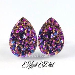 Jewelry - 3 for 15🎀Magenta rainbow Druzy style studs